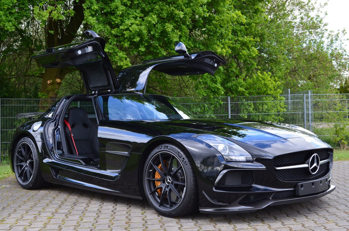 a vendre mercedes sls amg black series hypercars le sommet de l 39 automobile. Black Bedroom Furniture Sets. Home Design Ideas