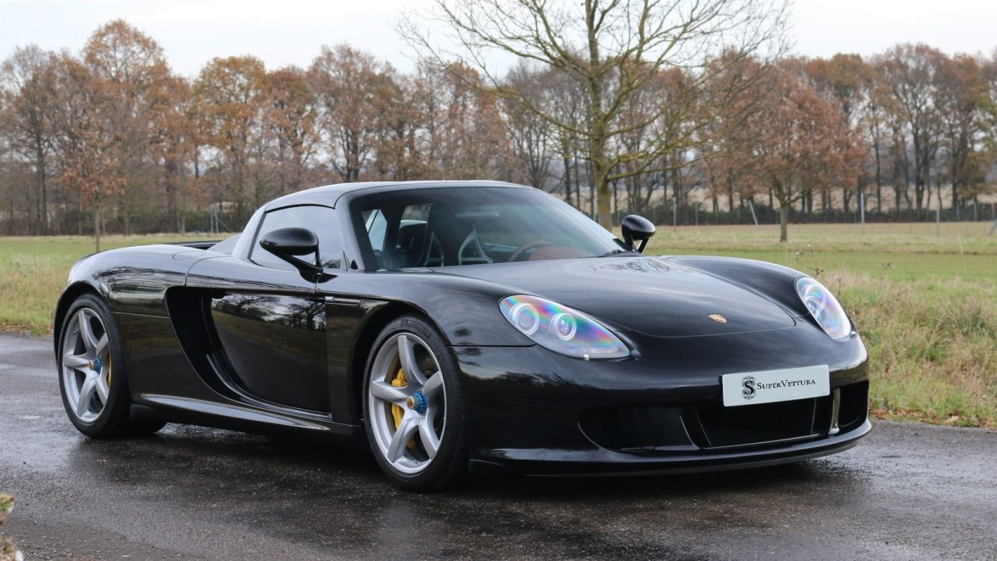 For sale : Porsche Carrera GT - 2004