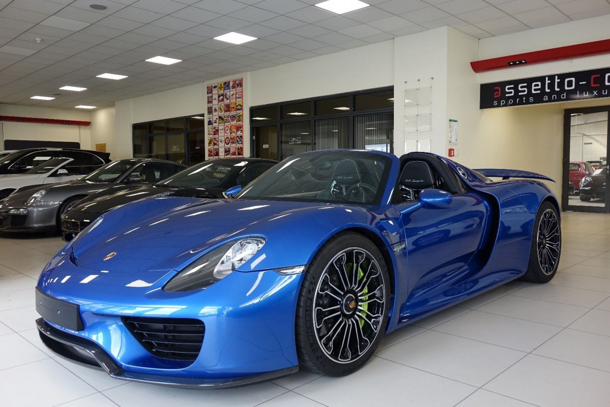 For sale : Porsche 918 Spyder - 2017