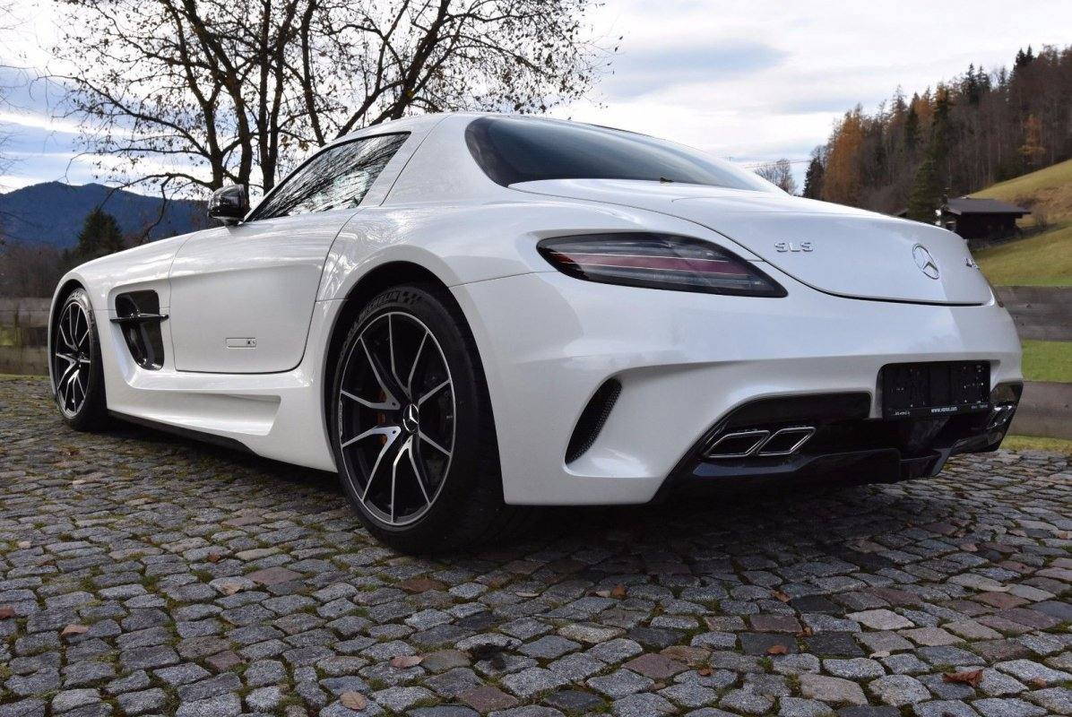 Mercedes-Benz SLS AMG Coupe Black Series - for sale