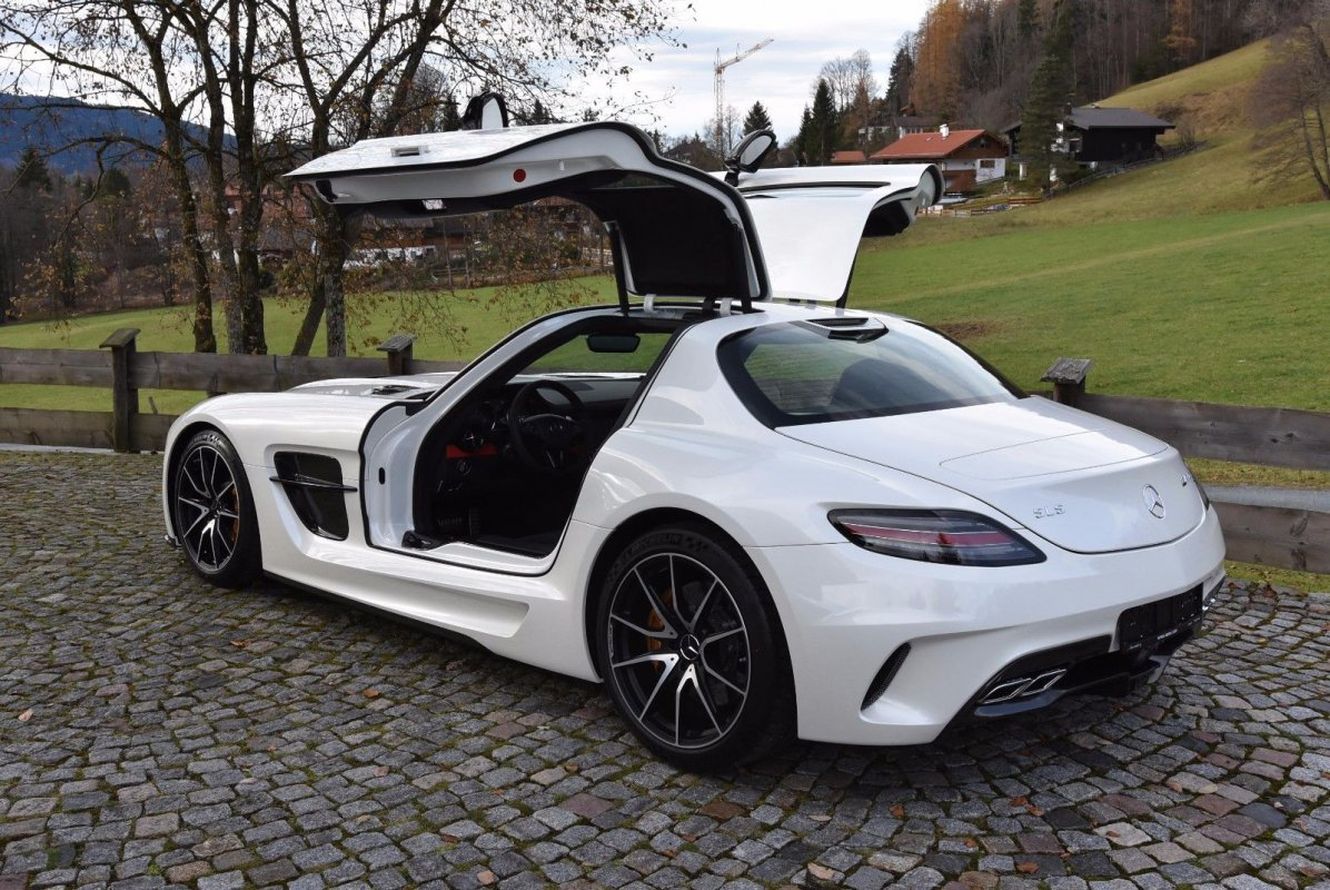 Mercedes benz sls amg coupe black series for sale for Mercedes benz sls amg convertible for sale
